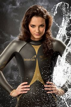 Olympic open water swimming world champion Keri-anne Payne. Keri Anne Payne, Famous Swimmers, Toddler Swimming Lessons, Swimming Motivation, Triathlon Wetsuit, Swimming World, Beautiful Athletes, Open Water Swimming, Surfing