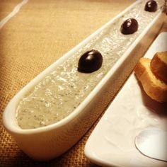 receta: paté de aceitunas negras y anchoas - recipe: olive and anchovies pate
