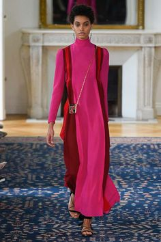 Valentino Spring 2017 Ready-to-Wear Fashion Show - Samile Bermannelli