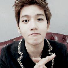 Cute Baekhyun <3 OMGOSH HE IS GOING TO MURDER ME WITH HIS AEGYO!!!too cute for my heart...dasdasdasdasd