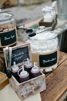 s'mores bar fixin's | Kristyn Hogan #wedding