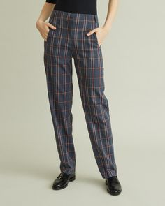 High-waisted trousers with flat front styling and tapered leg. Retail Concepts, Cool Suits, Apothecary, Designing Women, Pattern Trousers, Legs, Model, How To Wear