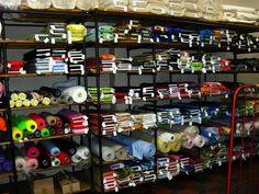 Gebrüder Berger Stoffe Diy Shops, Squirrel, Football Helmets, Holiday Decor, Fabrics, Internet, Sewing, Decoration, Upholstery Fabrics