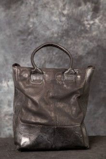 NEED this bag in my life like now......