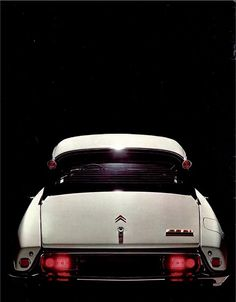 Design is fine. History is mine. — Citroen DS 21, German brochure, 1970. Via...