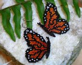 Your place to buy and sell all things handmade Seed Bead Patterns, Beading Patterns, Bracelet Patterns, Stitch Patterns, Beaded Crafts, Jewelry Crafts, Beadwork Designs, Peyote Beading, Beaded Animals