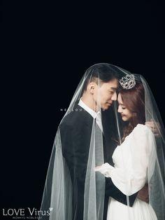 cute wedding group shot, cute pre wedding photo shoot, best wedding photography…