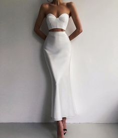 Dresses Elegant, Elegant Outfit, Pretty Dresses, Classy Outfits, Chic Outfits, Two Piece Evening Dresses, Strapless Dress Formal, Prom Dresses, Dress Prom
