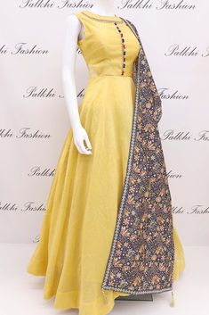 Elegant Light Yellow Soft Silk Outfit With Attractive Dupatta Indian Dresses, Indian Outfits, Ethnic Outfits, Indian Designer Outfits, Designer Dresses, Simple Gowns, Anarkali Dress, Anarkali Suits, Kurti Designs Party Wear