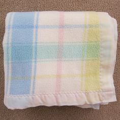Vtg Carters Acrylic Plaid Baby Blanket White Pastel Yellow Blue Green Pink Satin