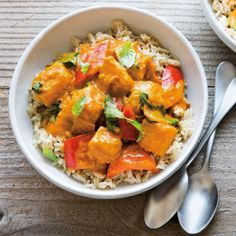 Pumpkin is delicious in savory dishes like this flavorful and filling curry which comes together quickly and can even be made a few days ahead. #fastmetabolism Vegetarian Curry, Vegetarian Recipes, Vegetarian Appetizers, Curry Recipes, Asian Recipes, Thai Recipes, Asian Foods, Brunch Recipes, Appetizer Recipes