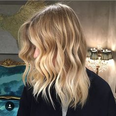 Prime Honey Blonde Balayage Hair Pinterest Bobs Wavy Bobs And Hairstyles For Women Draintrainus