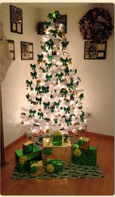 John Deere Christmas tree | John deere | Pinterest | Christmas ...