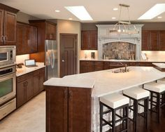 This Design May Work Well In Our New Kitchen I Really Like The Island Reserves Of Bethany Model Home Traditional Cincinnati Robert