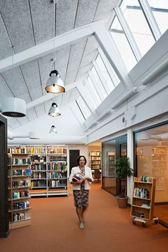 Find information on VELUX northlights here. Northlights are bands of VELUX Modular Skylights with an upright design directed towards the northern hemisphere.