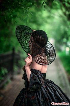 O Pălarie Spectaculoasă Ce Poate Fi Făcu - Diy Crafts - Marecipe Sombrero A Crochet, Crochet Beanie, Knitted Hats, Fancy Hats, Cute Hats, Crochet Scarf For Beginners, Crochet Summer Hats, Floppy Hats, Diy Hat