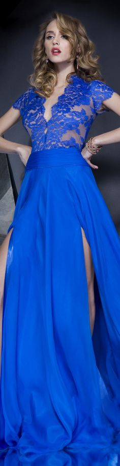 IN THE MOOD TO CATCH HIM Collection: IN THE MOOD  Rochie de seara gown #lace #large #blue #elegant #dress