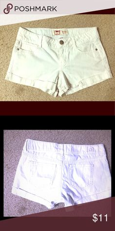 White jean shorts With real pockets! #jean #shorts Lei Shorts Jean Shorts