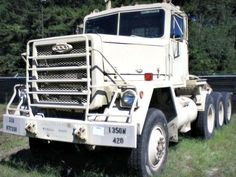 AM General M920, 20 Ton, 8x6 Medium Equipment Transporter on GovLiquidation.