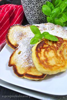 Puszyste racuszki z twarogiem i jabłkami - e-PrzepisyKulinarne.pl Pancakes, Cooking, Breakfast, Recipes, Food, Pierogi, Fitness, Food And Drinks, Kitchen