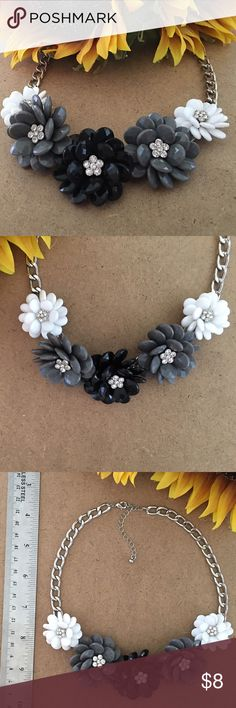 """Chunky Flower Necklace Black & Grey & White plastic flowers with rhinestone centers. 20"""" with a 3"""" adjustable chain and clasp. Jewelry Necklaces"""