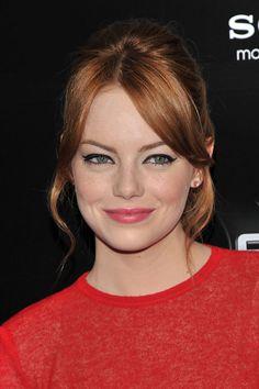 consejos y productos de maquillaje para pelirrojas: Emma Stone