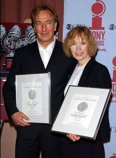 """Alan Rickman and Lyndsey Duncan attend the """"2002 Tony Award"""" nominees brunch May 15, 2002 in New York City.   (Photo by Mark Mainz/Getty Images)"""