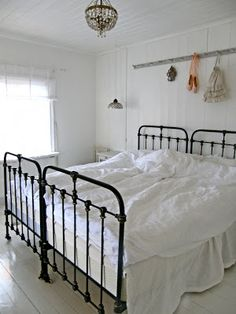 85 master bedroom decoration models with two beds feel comfortable in use - Decor, Home Decor, Dreamy Bedrooms, Bed, Country Bedroom, Bedroom, Wrought Iron Beds, Iron Bed, Master Bedrooms Decor