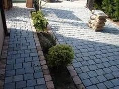 Resultado de imagen para entradas de autos con durmientes Outside Flooring, Garden Stones, Pathways, My House, Sidewalk, Landscape, Park, Outdoor Decor, Google