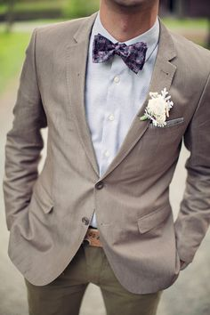 Long tie instead of a bow tie