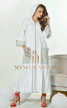 Одноклассники Abaya Fashion, Muslim Fashion, Boho Fashion, Fashion Dresses, Womens Fashion, Orientation Outfit, Caftan Gallery, Arabic Dress, Mode Abaya
