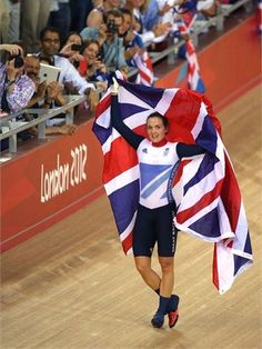 Gold for Victoria Pendleton in the Women's Keirin