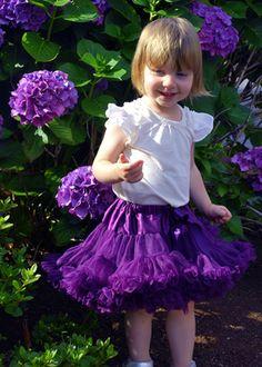 Leuska in purple petti