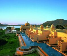 The beautiful Oberoi Udaivilas in Udaipur, India.