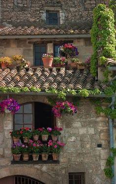 audreylovesparis:  Rooftop garden in Côte d'Azur, France