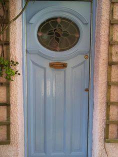 Front Door with Stained Glass Panel Front Door Porch, Front Doors With Windows, Wood Front Doors, House Front Door, Glass Front Door, Garage Door Design, Front Door Design, Front Door Colors, 1930s Doors