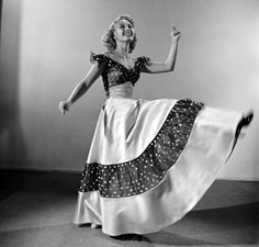 Jane Powell - Nancy Goes to Rio Helen Rose, Jane Powell, Vintage Festival, Hollywood Costume, Hoop Skirt, Oscar Winners, Full Skirts, Famous Faces, Old Hollywood