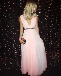 @trinitacouture vocês fizeram eu me sentir princesa! Vestido mais delicado ever! Amei muito! Obrigada  #premiogeracaoglamour #MarianaSaad #LookDaMari by blogmarianasaad
