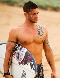 I want to kiss it and make it better #hunk #surfer