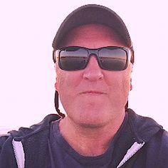 "Pete Favat: North American Chief Creative Officer, ""Deutsch Advertising"". School Of Visual Arts, New York Art, Art School, Art Museum, Schools, Advertising, Sunglasses, American, Gallery"