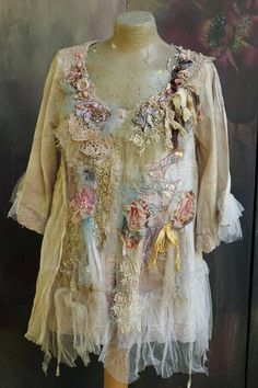 Faded petals blouse/jacket L sz tattered laces shabby