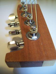 Gomez Guitar headstock