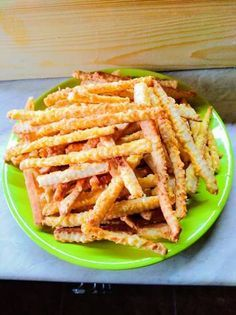 Cheese Straws, Hungarian Recipes, Ciabatta, Winter Food, Crackers, Green Beans, Carrots, Paleo, Food And Drink