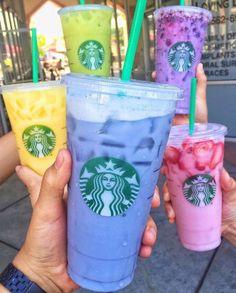 the Rainbow with Starbucks Secret Menu Blue Drink! The newest Starbucks Secret Menu addition to these rainbow drinks is theStarbucks Blue Drink! The newest Starbucks Secret Menu addition to these rainbow drinks is the Starbucks Blue Drink, Bebidas Do Starbucks, Copo Starbucks, Starbucks Secret Menu Drinks, Dairy Free Starbucks Drinks, Starbucks Flavors, Orange Drinks, Colorful Drinks, Pink Drinks