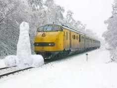 treinen en sneeuw