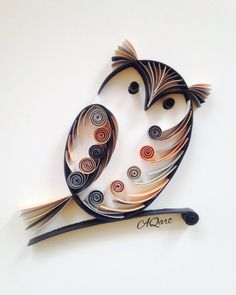 quilling owl, very cute Arte Quilling, Paper Quilling Patterns, Quilled Paper Art, Quilling Paper Craft, Quiling Paper, Quilling Work, Paper Quilling For Beginners, Quilling Techniques, Owl Crafts
