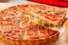 Receita de Torta pizza delícia - Comida e Receitas Le Chef, Vegetable Pizza, Pasta, Cooking, Breakfast, Recipes, Food, Quiches, Bacon