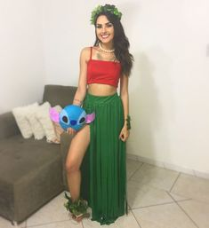 Have a quick look at the best Halloween Costumes for Women which can easily be DIYed. From BFF Halloween costumes to easy peasy & cute Halloween costumes. Diy Halloween Costumes For Women, Cute Costumes, Halloween Cosplay, Lilo Costume Halloween, Disney Costumes For Women, Halloween Inspo, Fancy Dress Costumes For Women, Disney Fancy Dress Women, Diy Costume For Women