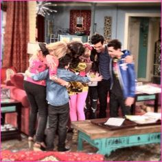 """Nice photos and comments from the cast of """"Shake It Up"""" as they wrapped up season 3 of their Disney Channel series on Tuesday (March Zendaya Zendaya Coleman, Best Friends Forever, Disney Channel, Season 3, Hug, Cool Photos, Wraps, Shake, Memories"""