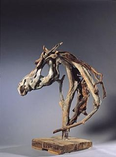 Sculptures de chevaux en bois flottes Heather Jansch